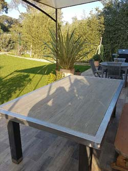 Table de jardin composite